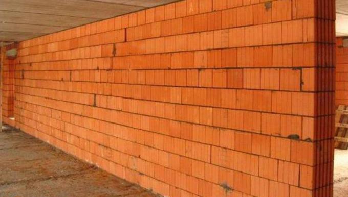 Керамічні блоки: переваги та недоліки